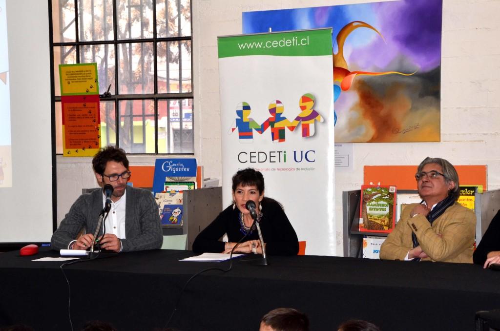 Imagen presentación con subdirectora nacional de Senadis, Viviana Ávila